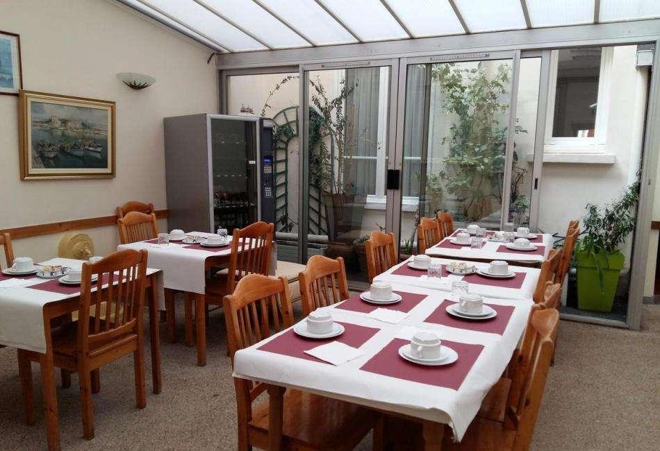 Hôtel Roi René - petit déjeuner